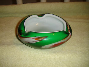 Vintage-Murano-Green-Art-Swirl-Glass-Ashtray-Heavy-Green-Glass-Lovely-Curves