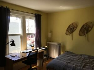 Large Bedroom for Sublet in Beautiful North End Home