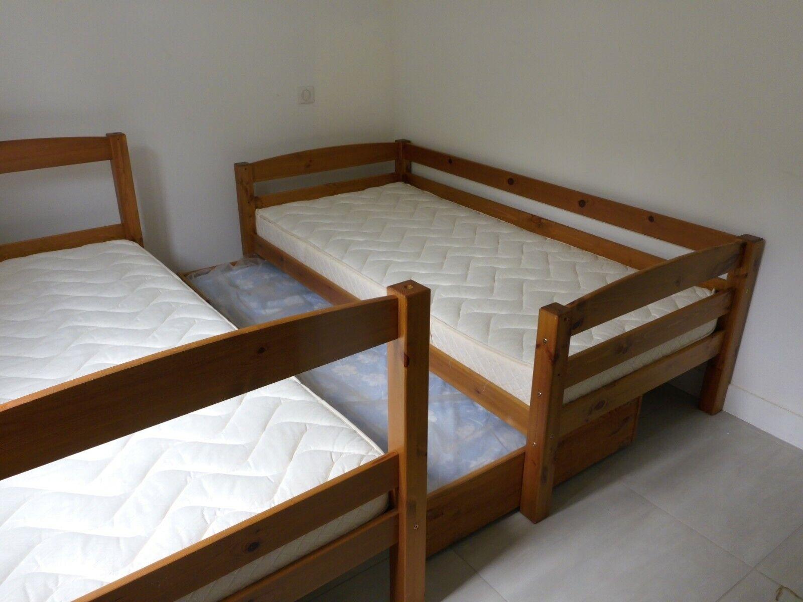 Lits superposes avec lit tiroir pour enfants