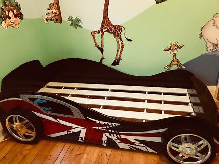 Kids racing car bed - single