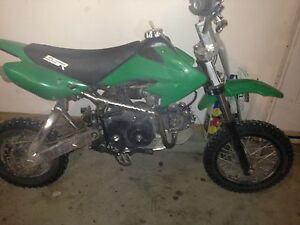 80cc pit bike MAKE AN OFFER!! Need this gone ASAP