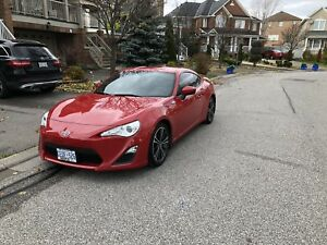 2015 Scion Frs 370.74/Month 9 months left on Lease