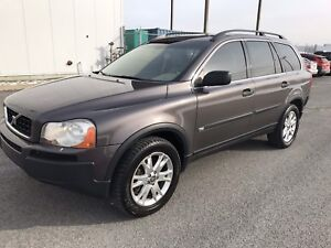 VOLVO XC90 2.5T AWD 2006 ( 7 PASSAGER, AUCUNE TAX )