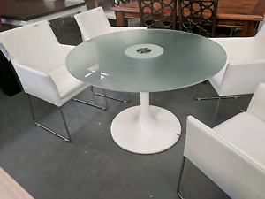 Glass top and solid metal base Tulip Table - 65% off RRP Eumemmerring Casey Area Preview