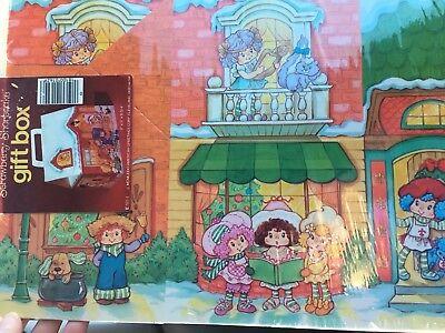 Vintage 1982 Strawberry Shortcake Berry Christmas Gift Box New Sealed Cute!!
