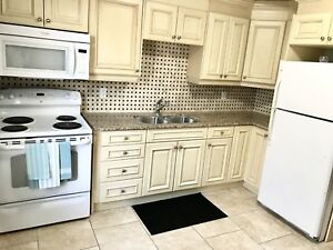 1bedroom , $1250 All Inclusive, Available Nov. 1st