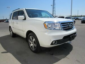 2015 Honda Pilot Touring 4WD | Navi | DVD | Leather | Sunroof |
