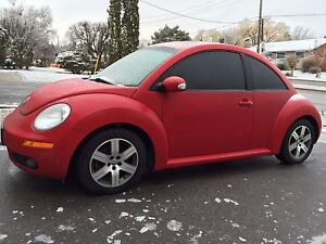 2006 Red Volkswagen Beetle Luxury Coupe (2 door)