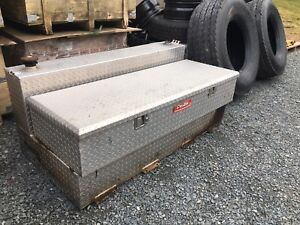 External L shaped  Fuel tank with tool box