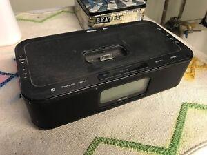 Memorex Alarm Radio