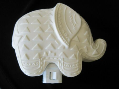 POTTERY BARN Ceramic Bisque ELEPHANT Night Light On/Off Switch EUC