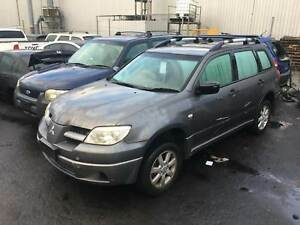 Mitsubishi Outlander 2006 (*****2008) wrecking Welshpool Canning Area Preview