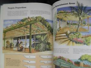 Australian Decks & Pergolas Construction Manual by Allan Staines
