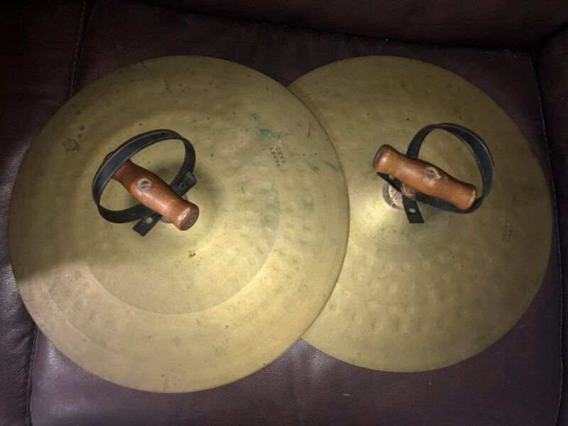VINTAGE BRASS HEAVY BAND HAND CYMBALS