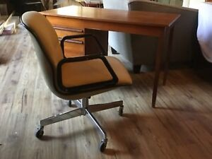 Pollock Knoll Style Office Arm Chair - Allsteel Canada 1969