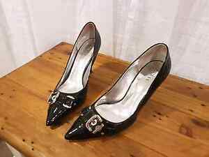 Size 9 Black Guess High Heels Jamisontown Penrith Area Preview