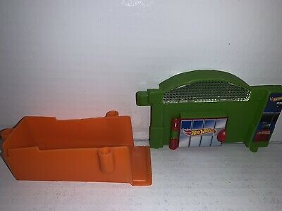 Hot Wheels Ultimate Garage Shark Escape SPEED CITY REPLACEMENT PARTs