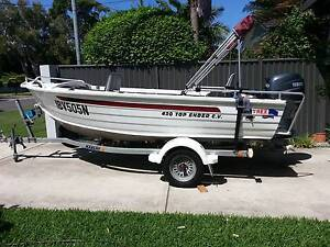 QUINTREX TOP ENDER YAMAHA 40HP 4 STROKE 40HRS AS NEW North Curl Curl Manly Area Preview