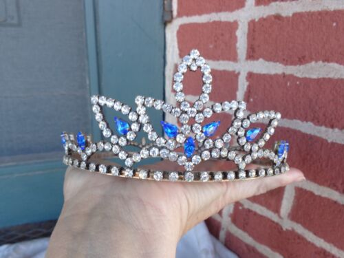 VINTAGE SPARKLY ORNATE PRONG SET BLUE CLEAR RHINESTONE TIARA CROWN OLD ESTATE