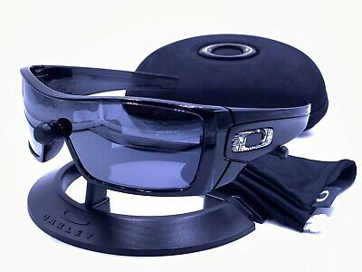 Oakley OO9101-01 BATWOLF® Black Ink frame/ Black Iridium lens 100% AUTHENTIC