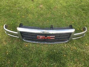 1999-2007 GMC Sierra Chrome grille