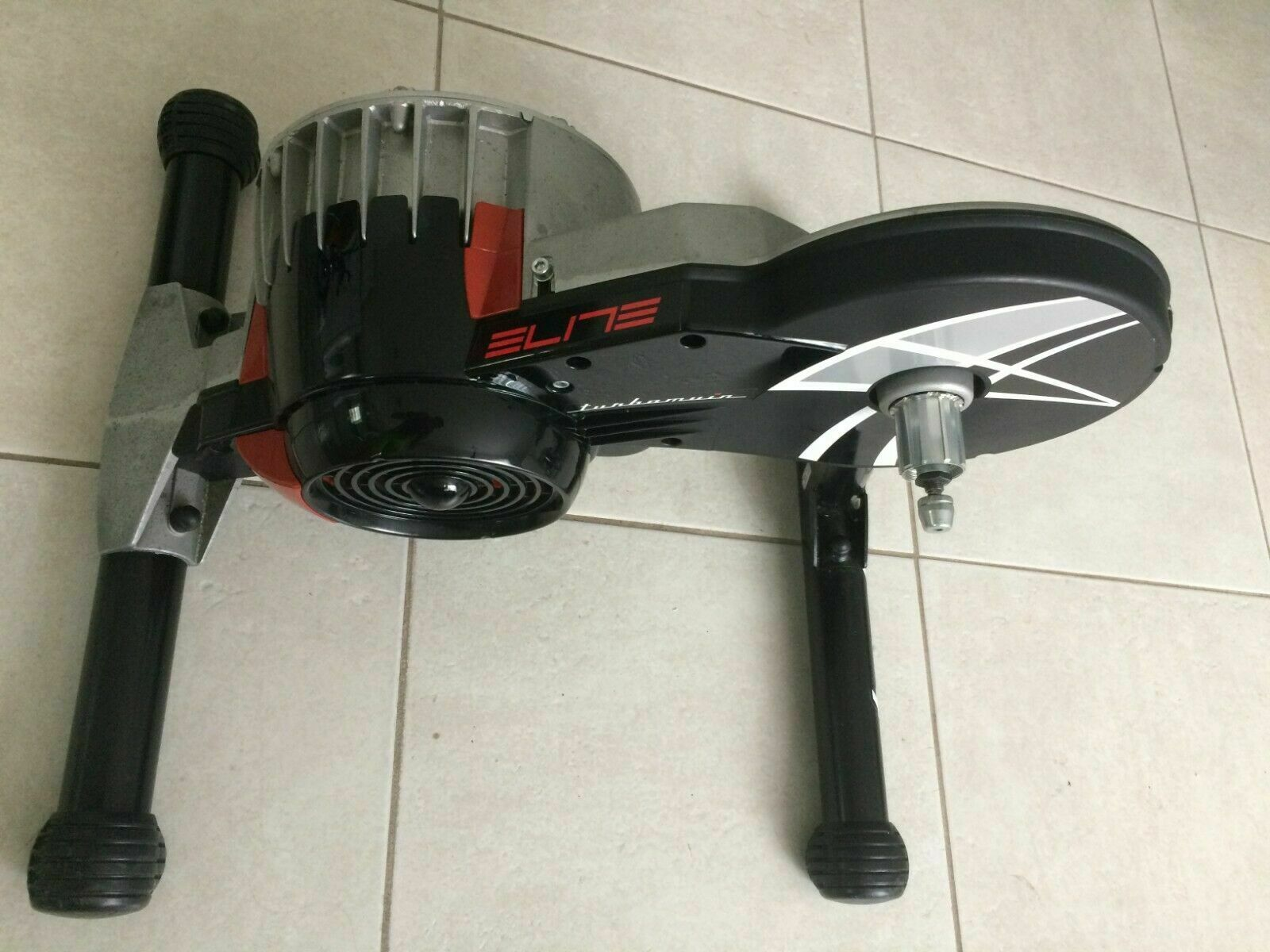 ELITE DIRECT FLUID TRAINER TURBO MUIN MISURO INDOOR BIKE (Used - 450 USD)