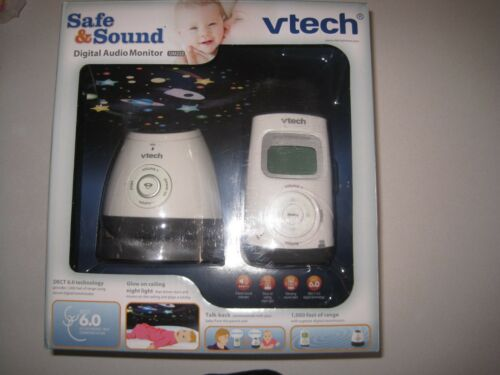 VTech Safe&Sound Digital Audio Baby Monitor with Temperature Sensor White/Gray DM222