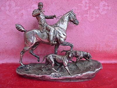 Schöne, alte Metallfigur__Reiter mit Pferd und Hunden__Kayser__versilbert__27cm