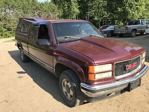 For. Sale 1997 gmc 4x4 ext can longbox  Quebec plated
