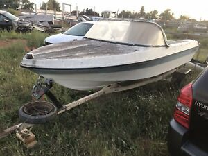 $100 boat TRAILER NOT INCLUDED