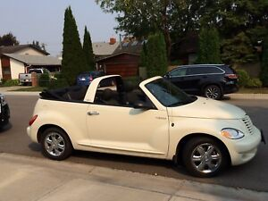 Low mileage! 2005 PT cruiser convertible