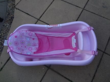 Pink bath for baby girl