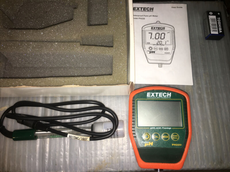 Extech PH220 Palm pH Meter with Electrode
