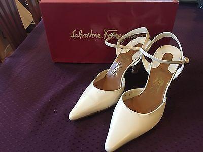 Salvatore Ferragamo Arabia White Heel Size 8.5