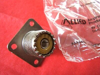 3 Amphenol 83-1r Rfx Panel Mount Female Uhf Socket 3 Lot So-239 J. Nos New