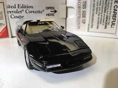 1996 Chevrolet Corvette 1/24 scale diecast model car by Danbury Mint