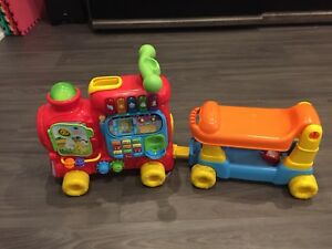 Vtech Ultimate Sit to Stand Ride on Train