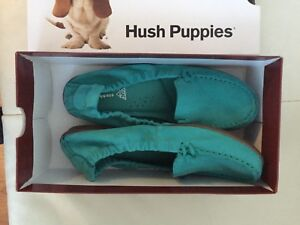 BNIB Women's Hush puppies loafers shoes, sz 8