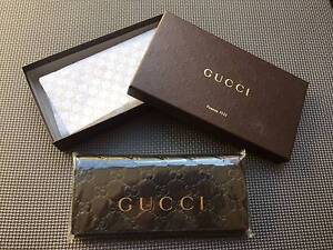 Gucci Men's Signature long coin wallet Yokine Stirling Area Preview