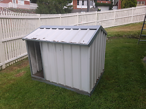 Large colorbond dog kennel Newcastle Newcastle Area Preview