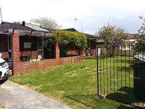4×1 house   for rent in Spearwood Beeliar Cockburn Area Preview