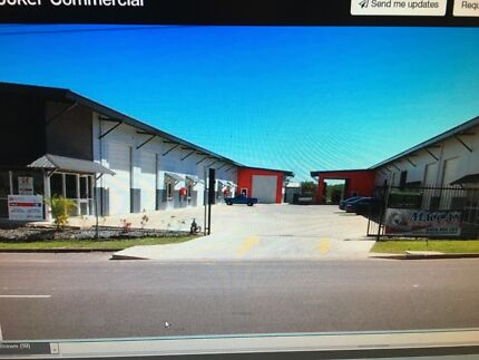 Warehouse for rent reduced to $400pw includes mezzanine floor