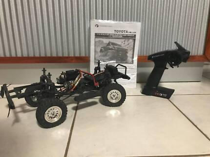 RC Thunder Tiger Toyota Hilux FOR SALE!!!! Great condition!