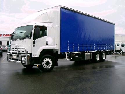 Isuzu truck 2010 FVL1400- 14pallet tailgate tautliner