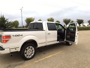 2010 Ford F-150 Platinum with extra set of rims and tires