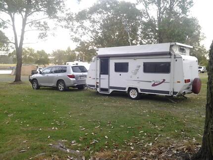 2004 A'van caravan