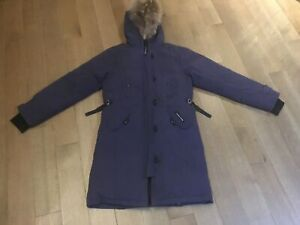 Women's Canada Goose Parka Coat -Authentic- Size Small (S)