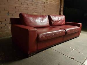 Red Leather Couch Prahran Stonnington Area Preview