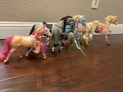 1997 Disney's Mulan Real Riding Khan and 5 vintage Mattel Barbie horses