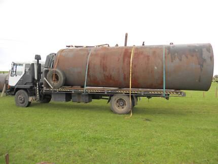 5000 gallon tank